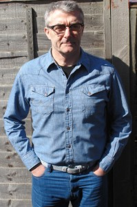 Candiani jeans Wrangler shirt Armadillo Merino vest